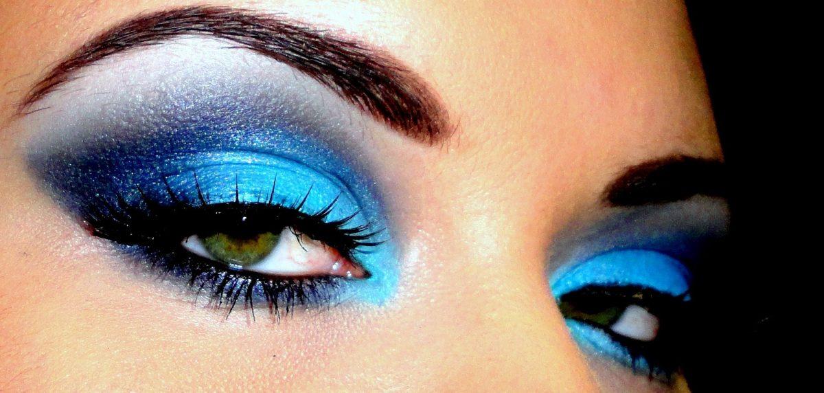 Cum obtii un machiaj de seara spectaculos si ce nuanta ti se potriveste in functie de culoarea ochilor